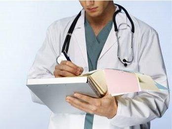 Засчитывается ли клиническая ординатура в медицинский стаж